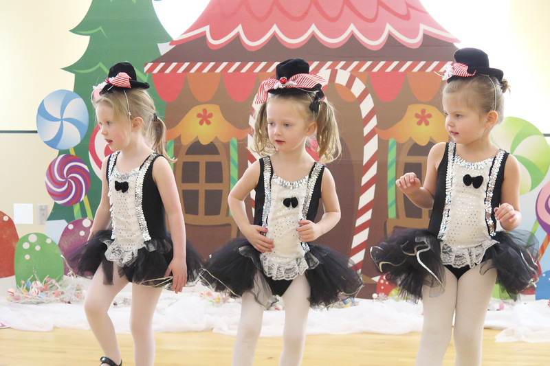 Golden Dance Holiday Recital 2015 12 48