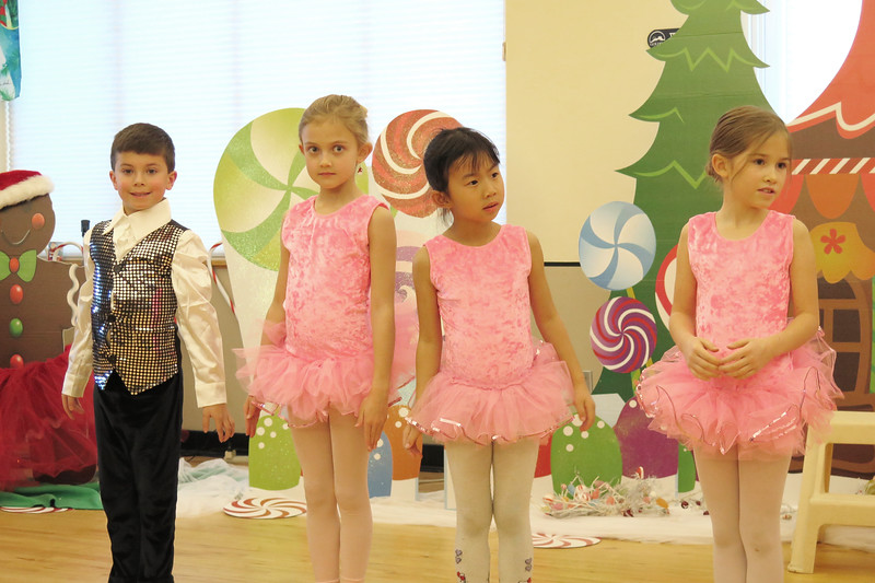 Golden Dance Holiday Recital 2015 12 157
