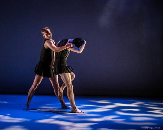 Rehearsal of Rafael Bonachela's '4:Freeze-Frame'  (Thomas Baylis & Martin Lindinger)