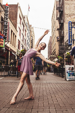 Dancer_CarnagieBridge