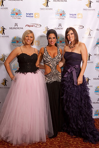 Filename: DWTS 2011 red carpet-23.jpg Copyright 2011 - Joel Cocker -   These pictures may be viewed and tagged on Facebook.    https://www.facebook.com/media/set/?set=a.10100440380136521.2712584.5026895&l=09a280be43&type=1    Photos may not be copied, downloaded, republished, or printed without written permission or license purchased.