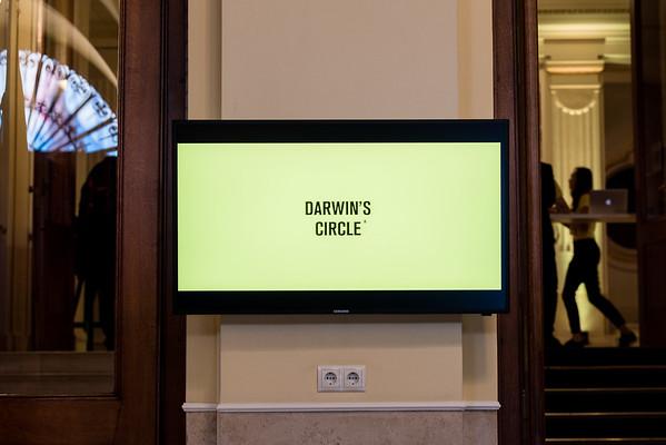 Darwins Circle-12
