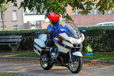 A member of the Belgian Customs Administration (douane) on his BMW RT1200 motorcycle, introduced since July 2007.