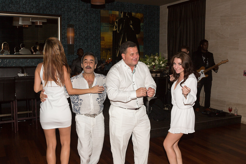 DeBartolo Eddie V white party 2015-199.jpg