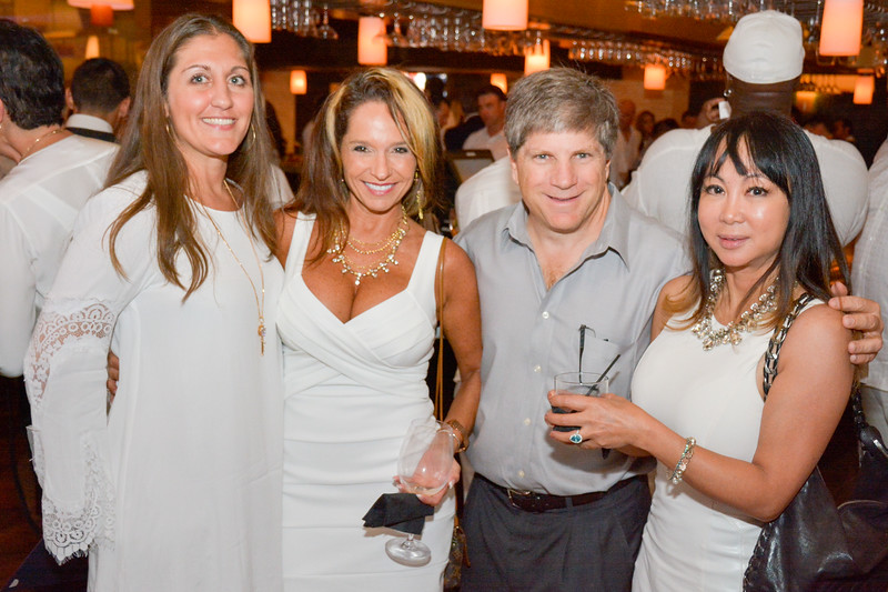 DeBartolo Eddie V white party 2015-143.jpg
