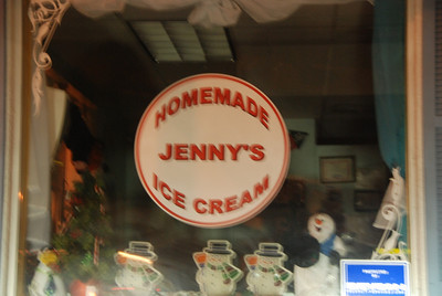 This looks like a fun place. Amanda, let's have your next show at Jenny's!