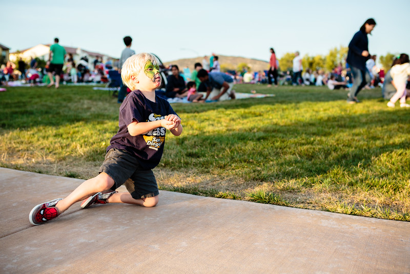 Del Sur Movie Night Hook_20150711_140