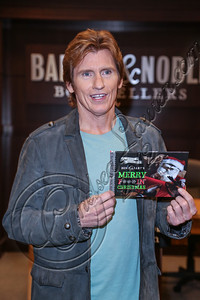"LOS ANGELES, CA - DECEMBER 06:  Actor / comedian Denis Leary signs copies of his book ""Merry F***in' Christmas"" at Barnes & Noble bookstore at The Grove on December 6, 2012 in Los Angeles, California.  (Photo by Chelsea Lauren/WireImage)"