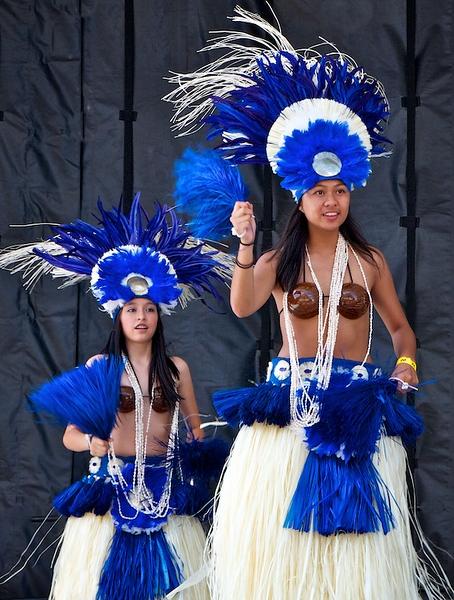 Tahitian dancing by the Junior Wahanis
