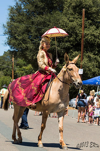 One of the female riders dressed roughly 1880-1900 attire.  Sometimes you catch people on the sidelines doing the darnedest things.