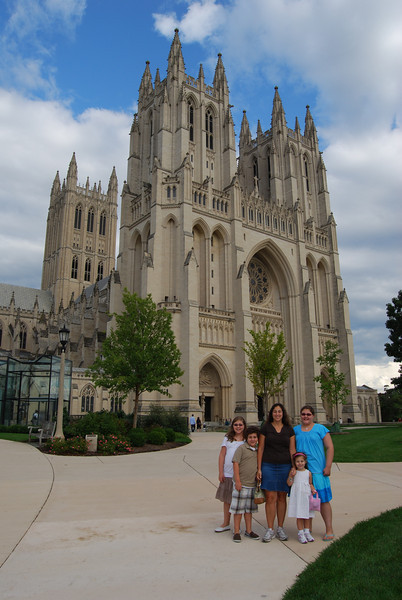 Dettra at National Cathedral