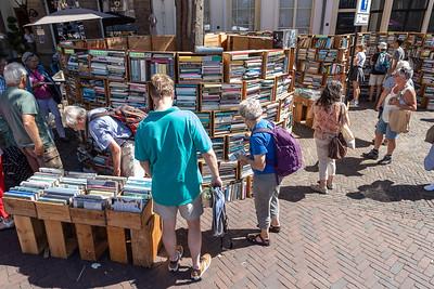 De boekenkistjes op het Grote Kerkhof