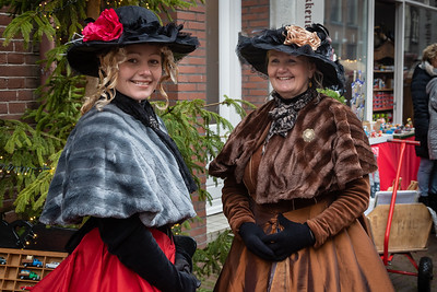 Twee deftige dames