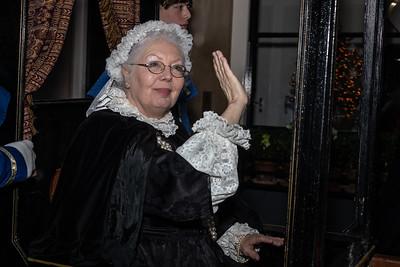 De parade - Queen Victoria komt voorbij
