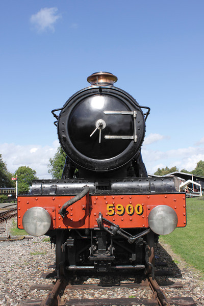 GWR Hall Class 4-6-0 Steam Locomotive No. 5900 'Hinderton Hall' at Didcot Railway Centre September 2011