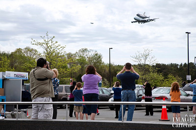 Discovery Shuttle arrives at the Smithsonian, April 17, 2012