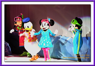Of course, it won't be a complete show without Mickey, Minnie, Donald and Goofie.