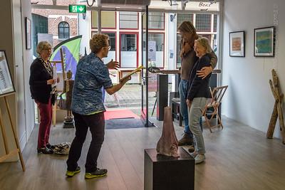 Stadsdichter Wibo Kosters bij BEK Gallery