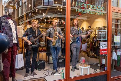 Maarten, Matt en Bas bij Hemelse Hebbedingen - Kleine Overstraat