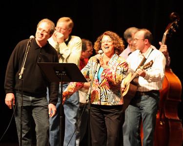 Ellis crew sing