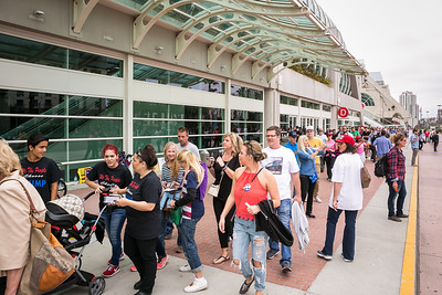 Attendees enter San Diego Convention Center for Donald Trump rally  May 27, 2016.