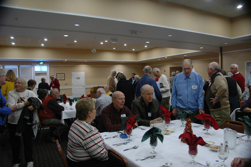 Dow Retiree 2011 Christmas Party 001
