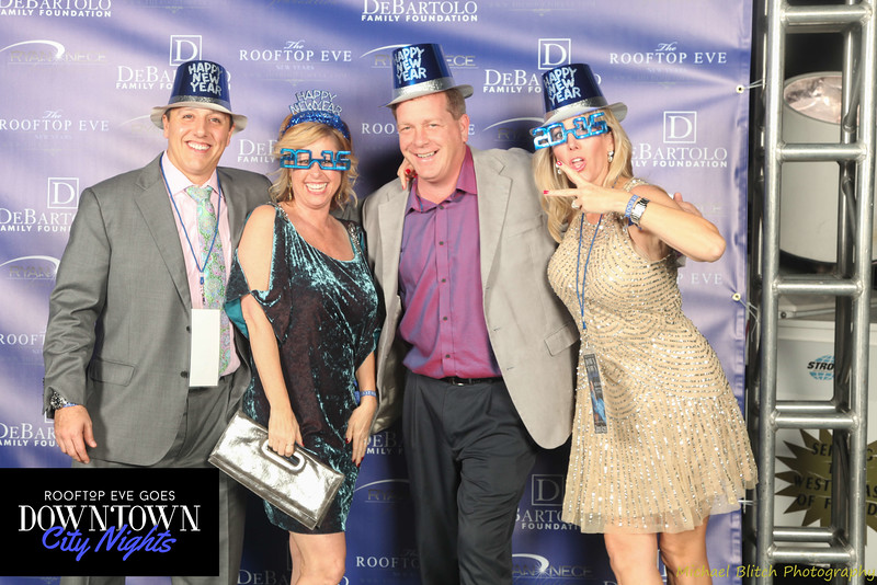 rooftop eve photo booth 2015-714