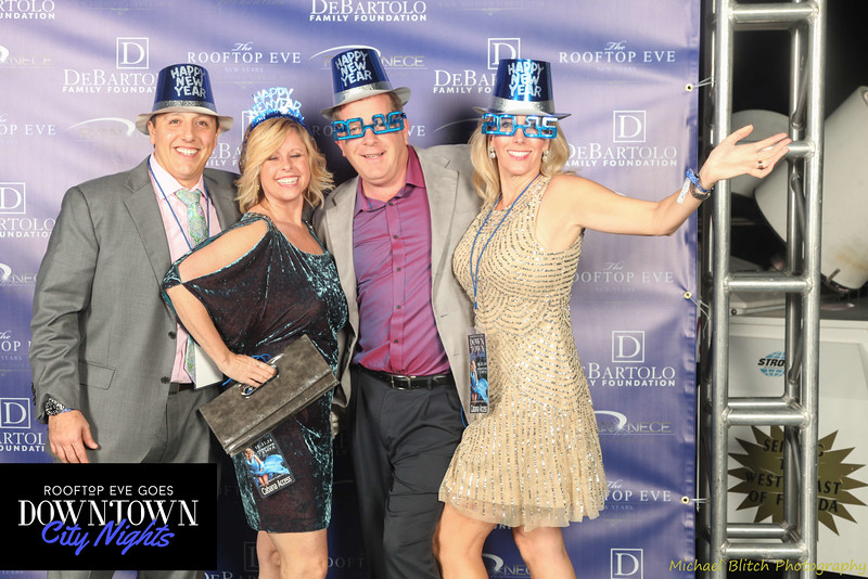 rooftop eve photo booth 2015-709