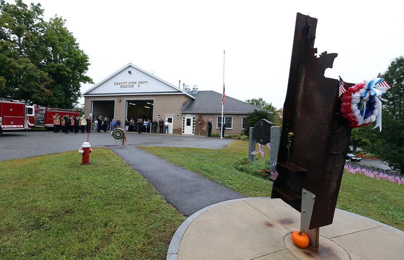 Dracut 9-11 ceremony at Jones Ave fire station. (SUN/Julia Malakie)
