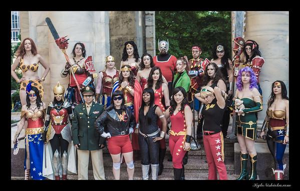 DragonCon 2013 - Wonder Women photo shoot