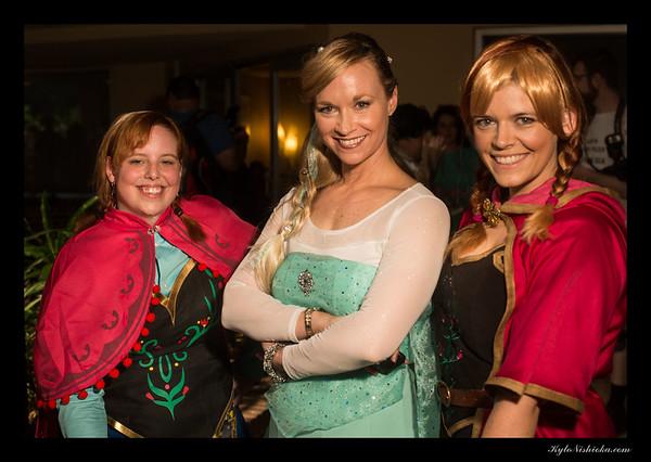 DragonCon 2014 - Disney Poolside