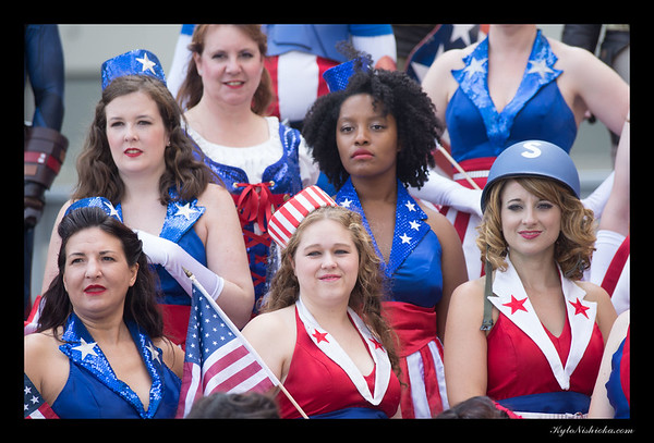 DragonCon 2015 - Captain America and USO Girls