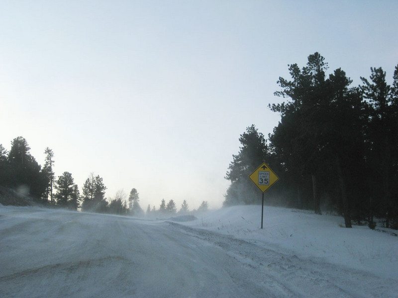 estimating the center line: Drive to work after 2 days of snow... windy and very cold -3F