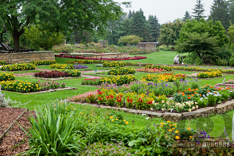 long_view_annual_gardens