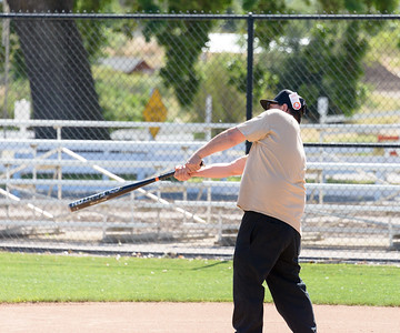 20170429-Dunn-Alums-Softball-game-8698