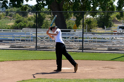 20170429-Dunn-Alums-Softball-game-8722