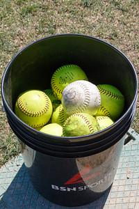20170429-Dunn-Alums-Softball-game-8644