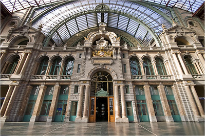A silly perspective on Antwerp Central Station