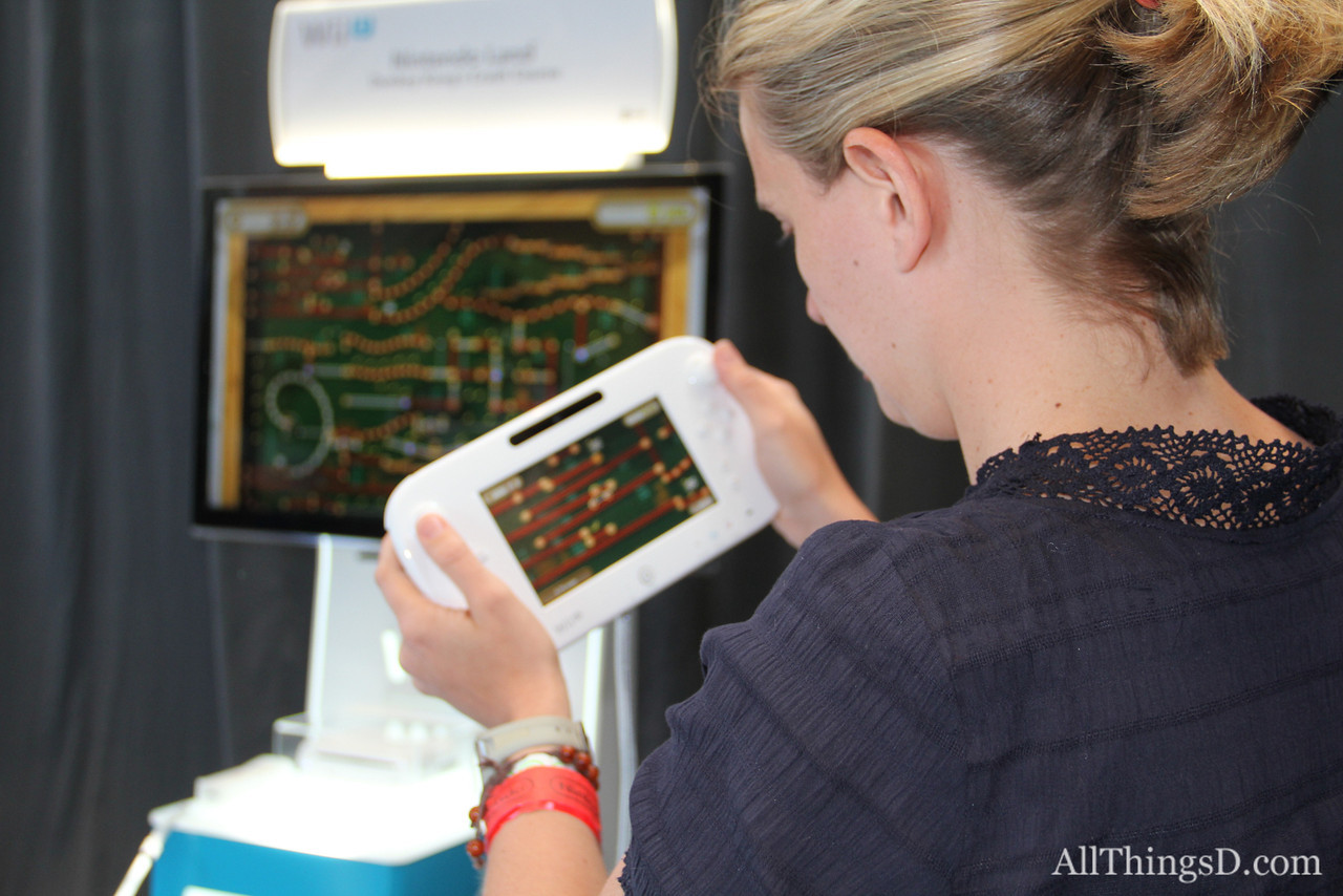 AllThingsD's Tricia Duryee tests the Wii U.
