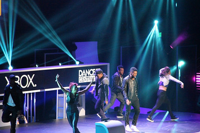 Usher, promoting Dance Central, at the Xbox event.