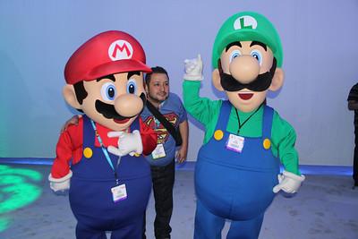 """""""I own a Wii U!"""" """"Me, too!"""""""