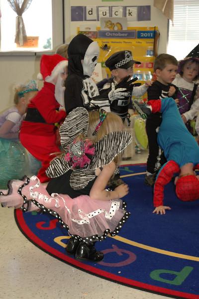 2011 10 ECDS Preschool Halloween 10