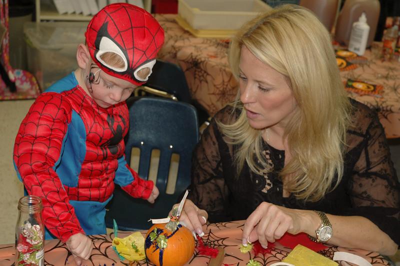 2011 10 ECDS Preschool Halloween 104
