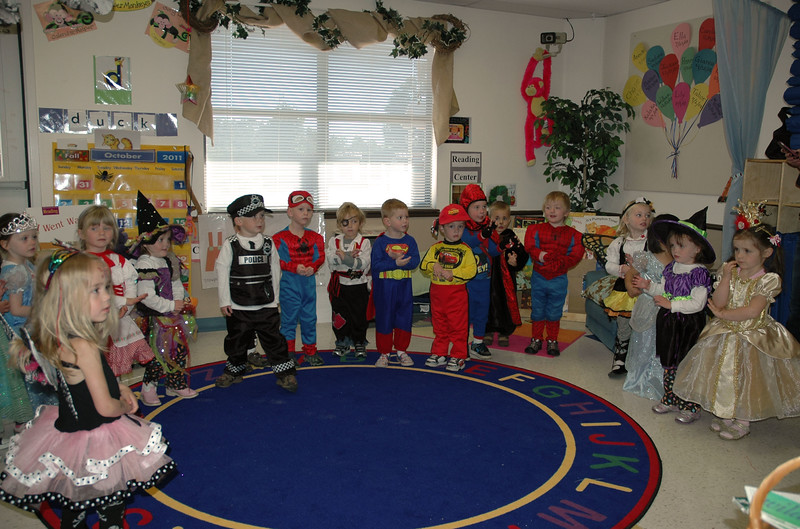 2011 10 ECDS Preschool Halloween 4