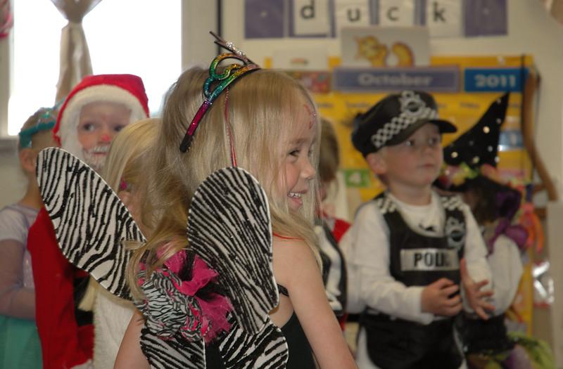 2011 10 ECDS Preschool Halloween 9