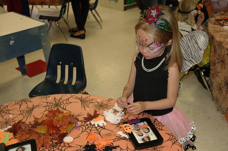 2011 10 ECDS Preschool Halloween 78