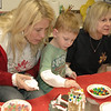2011 12 ECDS Gingerbread Party 31