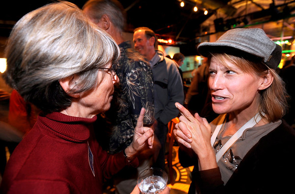 1104ELECT5.JPG Jodee Siff (cq)(right), Barry Siff's wife, congratulates City Council member Suzy Ageton (cq)(left) for winning her re-election during an election party at the Boulder Draft House in Boulder, Colorado November 3, 2009. CAMERA/Mark Leffingwell