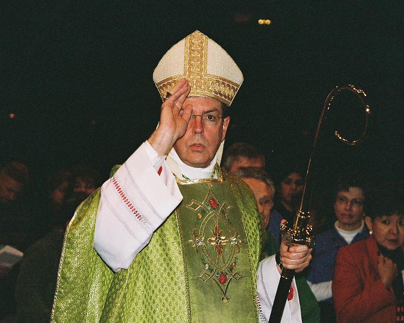 Bishop Vigneron blesses the crowd