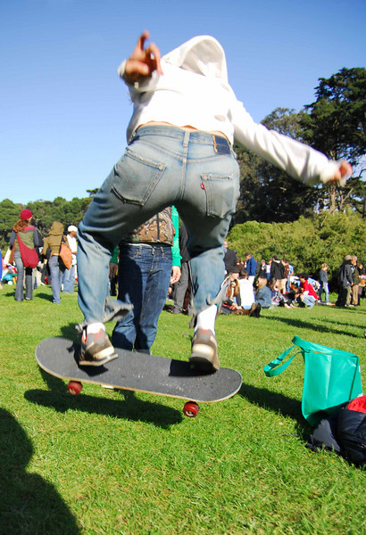 Grass ollie at Earthday concert at GG Park
